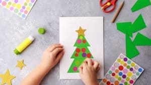 52 Fun Child-Friendly Winter Crafts to Celebrate the Holidays